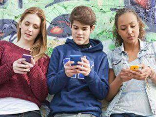 L'Eros ai tempi di Internet – Essere adolescenti nell'era digitale