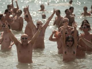 La nudità come pratica del benessere