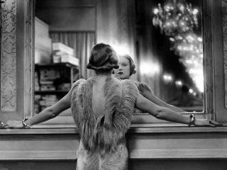 Il modo in cui ti vedi allo specchio può influenzare la tua vita sessuale